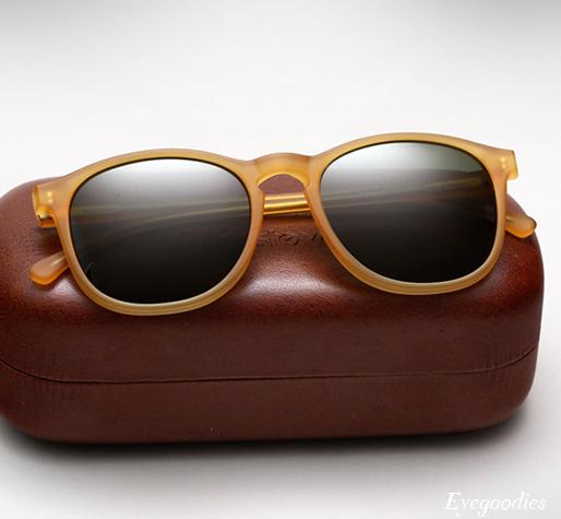 Illevesta Sunglasses  illesteva