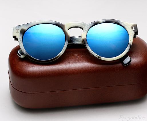 Illesteva Leonard - Horn with Blue Mirror