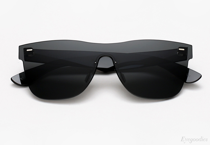 Super Basic Tuttolente Black sunglasses
