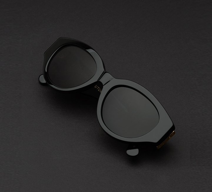 Super Drew Mama Black Sunglasses