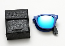 Ray Ban RB 4105 Folding Wayfarer - Matte Blue