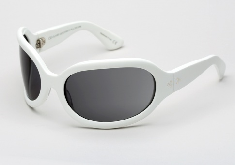 Oliver Goldsmith Yuhu (1966) - White